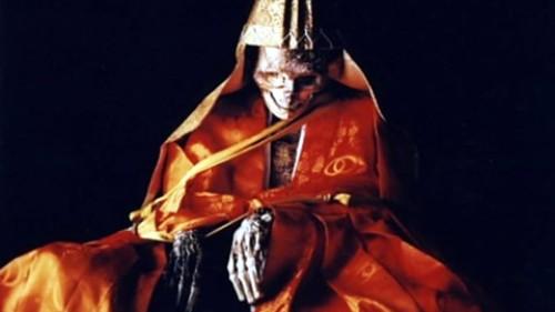 Sokushinbutsu: Muertos en vida por Buda